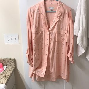 Brand new without tags Ava and Viv button up